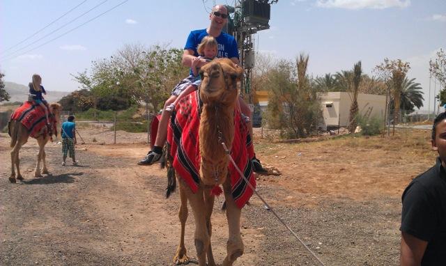 Swen op de kameel